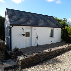 Blaenfforest Aviary, west wales holiday cottages, 	 cottages with hot tubs wales, pet friendly holidays