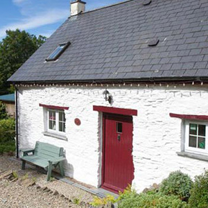 Blaenfforest Granary Cottage, west wales holiday cottages, 	 cottages with hot tubs wales, pet friendly holidays